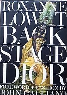 Backstage Dior Roxanne Lowit